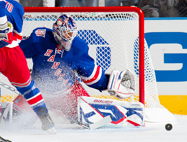 Rangers goalie Henrik Lundqvist makes a save