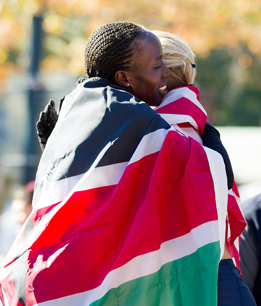Winner Edna Kiplagat congratulated second place finisher Shalane Flanagan