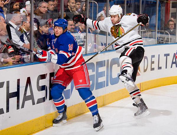 New York's Ruslan Fedotenko and Chicago's Brent Seabrook