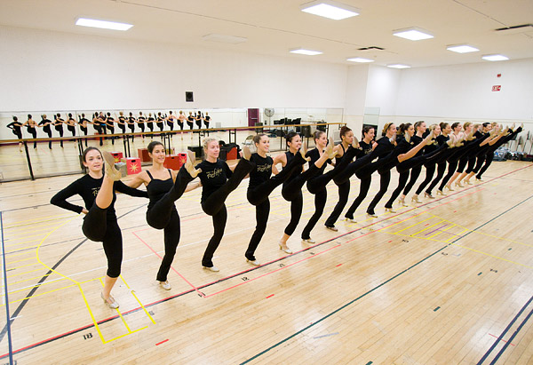 Radio City Rockettes rehearse