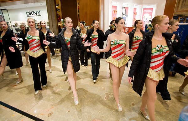 Rockettes warm up for Thanksgiving Parade
