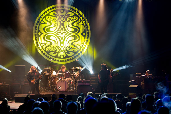 Gov't Mule rockin' out on stage