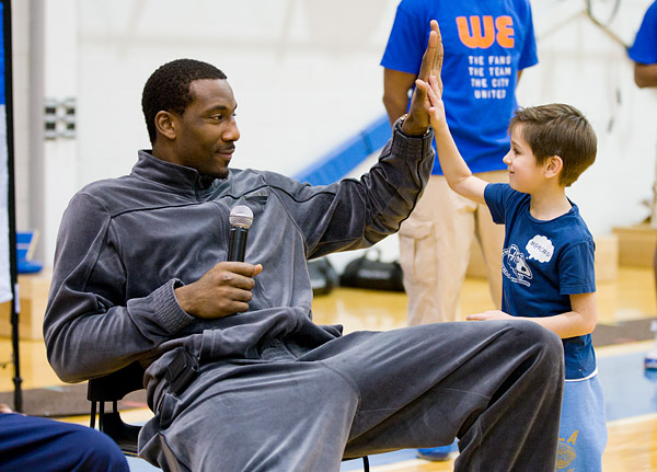 Knicks star Amar'e Stoudemire spends one on one time with the kids