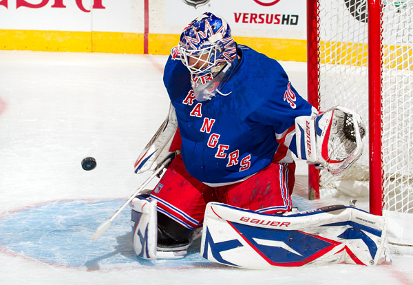 Rangers goalie Henrik Lundqvist makes one of 23 saves