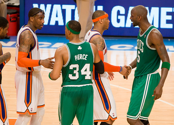 Knicks Amar'e Stoudemire and Carmelo Anthony congratulate Celtics Paul Pierce and Kevin Garnett on their series win