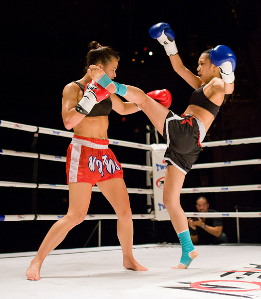 Ani Hilditch vs. Jessica Ng Muay Thai kickboxing