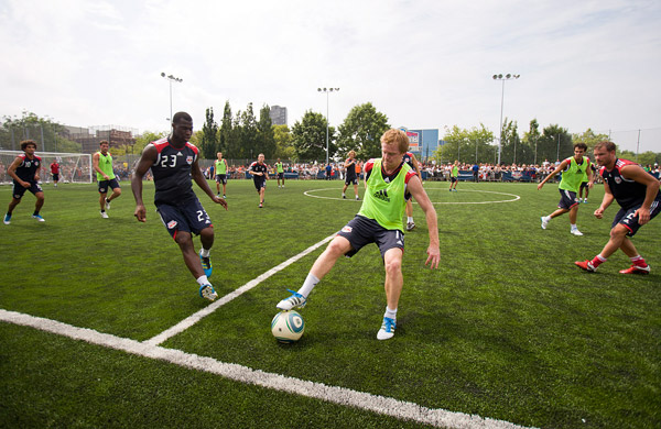 Dax McCarty controls the ball at mid-field