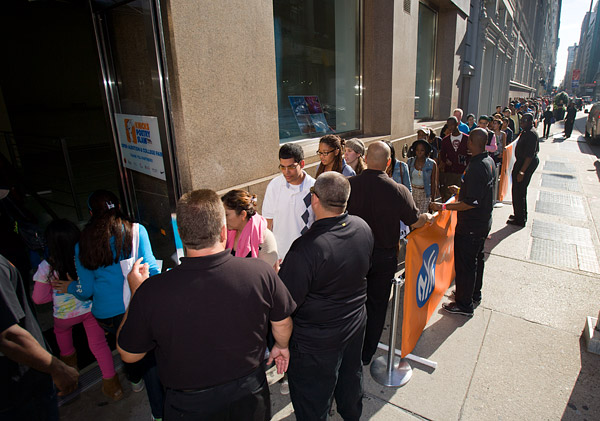 Line outside the Knicks Poetry Slam auditions