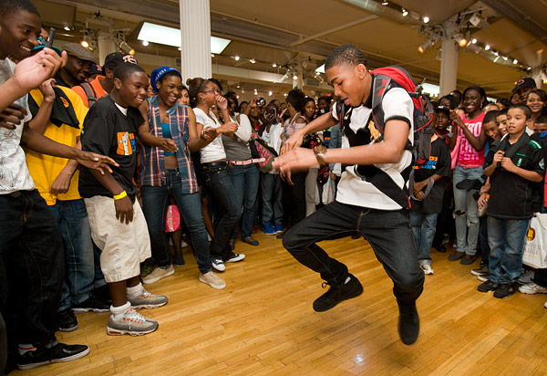New York Knicks Poetry Slam 2011