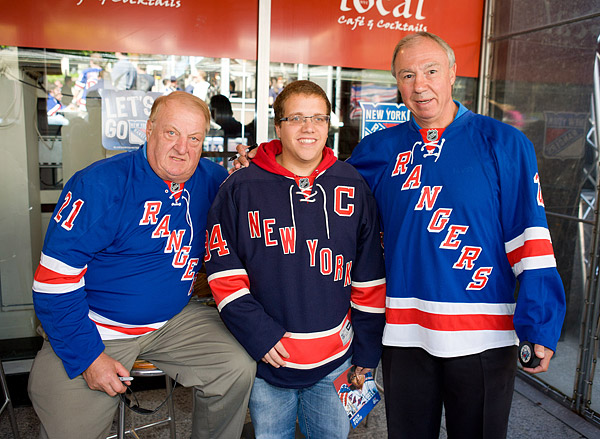 Stemkowski and Fotiu with a fan