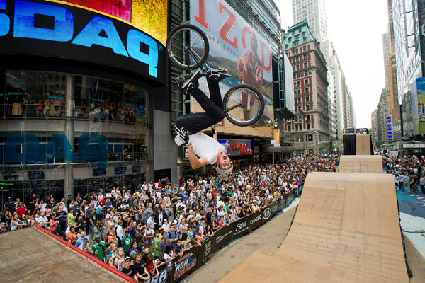 Colton Satterfield wins the Air In The Square BMX competition in Times Square