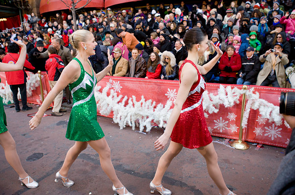Rockettes waving to the crowd at parade