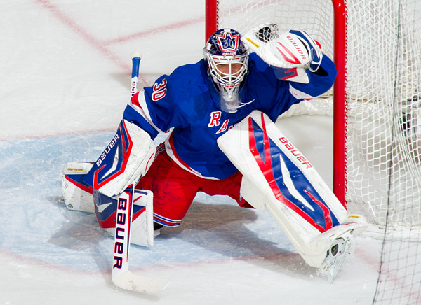 Rangers goalie Henrik Lundqvist makes one of 30 saves