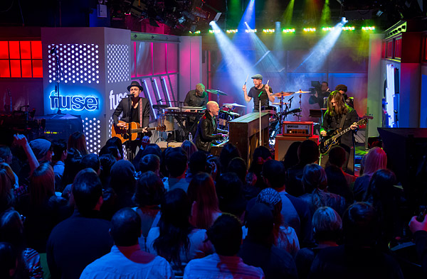 Fuse broadcasts a performance by The Fray live from its television studio in New York City.