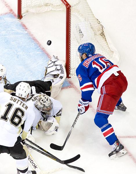 Derick Brassard playoff goal vs Penguins